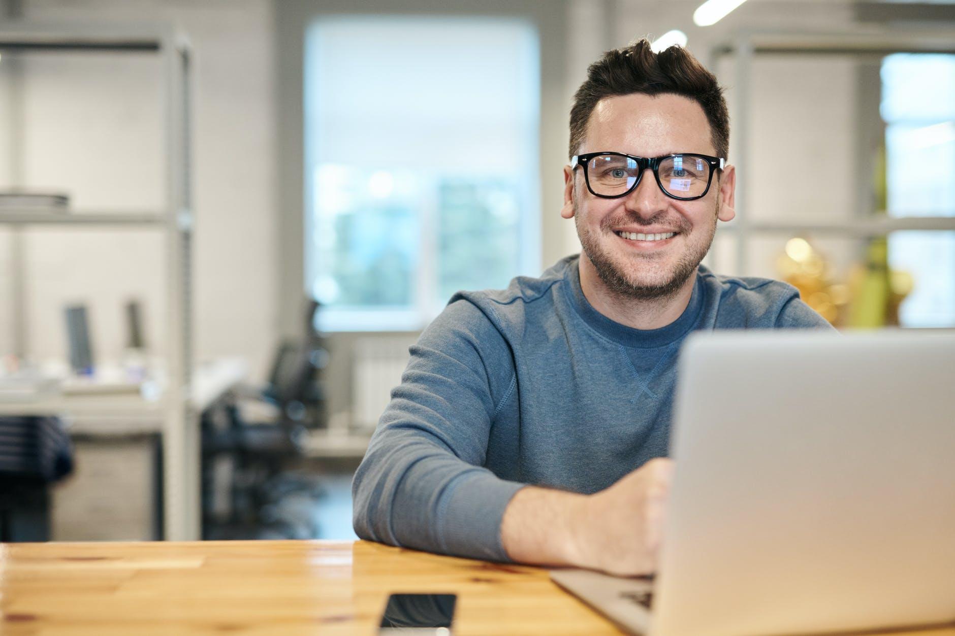 Nuevos perfiles profesionales de la era digital